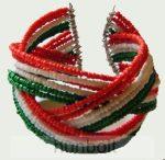 18 soros nemzeti színű rugós karkötő