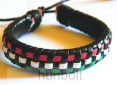 Műbőr piros-fehér-zöld kis kockás karkötő