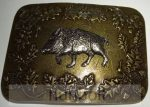 4 szögletű kicsi vaddisznó rátétes bronz övcsat