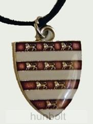 Árpádházi pajzs nyaklánc, bőr szíjjal (25x30 mm)