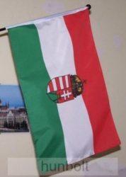 Címeres zászló rúddal (45x28 cm)