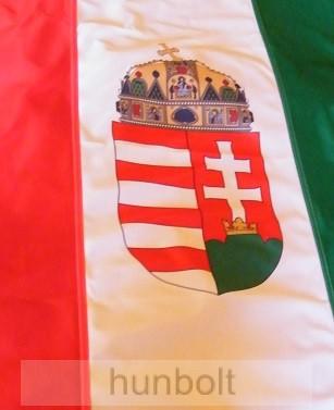 Függőleges nemzeti színű címeres zászló, lobogó (150X90 cm) hurkolt, bal oldalon 4 karabinerrel