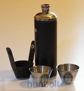 Műbőr tokos henger flaska 2 pohárral- ón Nagy-Magyarország matricával
