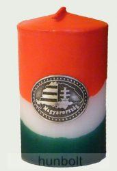 Nemzeti színű henger gyertya 10 cm, Nagy-Magyarország ónmatricával(3,2x4 cm)