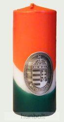 Nemzeti színű henger gyertya 15 cm, ón címerrel (3,2x4 cm)