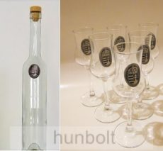 Különböző ón címkés hosszú pálinkás üveg,  6db ón címkés talpas pálnikás pohárral (tulipános,grappás pohár)