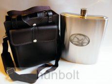 Vállra akasztható 3,8 literes flaska, ón ovális Nagyagyarországos turulos  matricával
