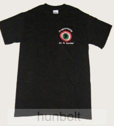 Hímzett kokárdás fekete póló